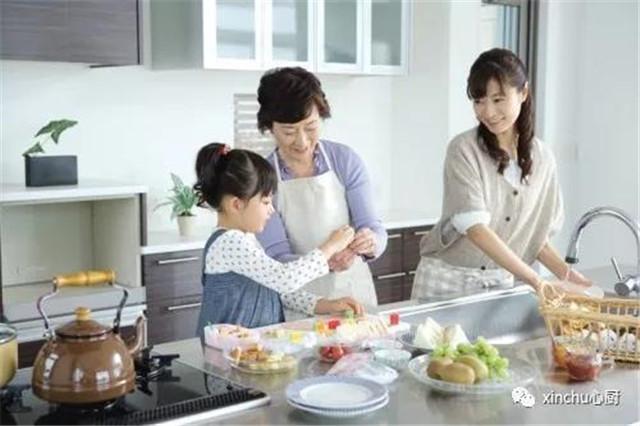 在生活的点滴中教育孩子,厨房是你不可忽视的地方